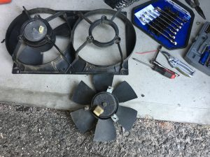 944 cooling fan guts